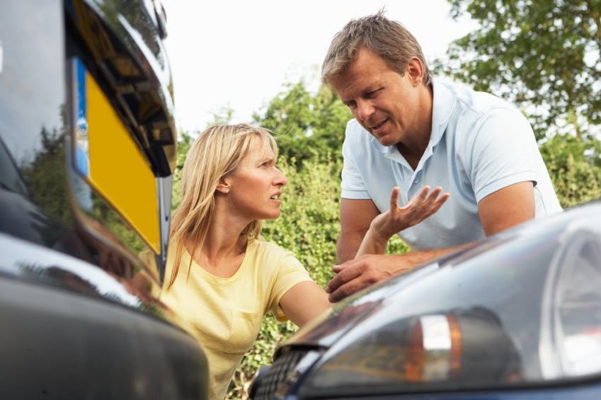 arguing-over-crash-istock_000013759436_small