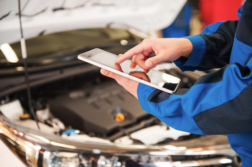 car-maintenance-and-repairs-istock_000066173963_small