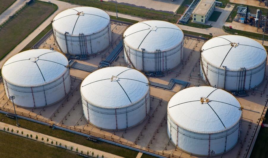 fuel-storage-facility-istock_000026110618_small